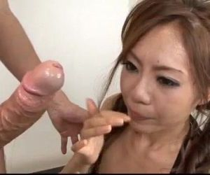 Mio Hiragi blows cock with passion and craves to swallow -..