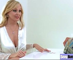 Sexy Busty Mommy Enjoy Hardcore Bang video-17
