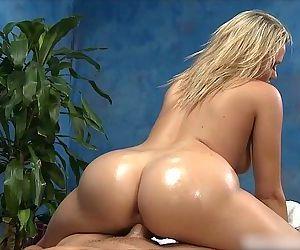 Mia Malkova POV Reverse Cowgirl