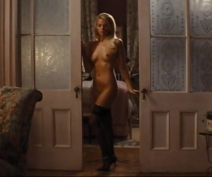 Margot Robbie Sex Scene
