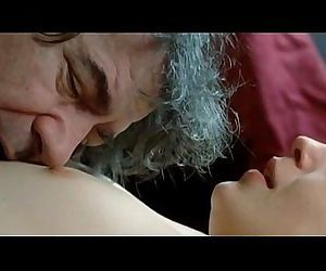 Nina Ivanisin Neka Ostane Medju Nama 2010 - 2 min