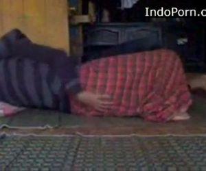 18 year old Virgin Indo girl Fucked Indo sex - 19 min