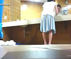 Chinese girls go to toilet.62 11 min