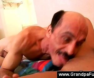 Teen lets senior taste her cunt fluid - 6 min
