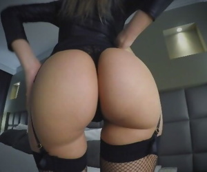 FUCKING A HOT ESCORT GIRL, ON A BUSINESS TRIP - CREAMPIE..