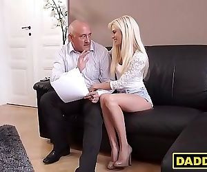 Teen hottie cheats on her boyfriend with his daddy 7 min HD