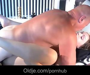 Lucky old fart fucking a dreaming young girl