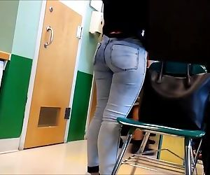 Amazing teen ass in tight jeans