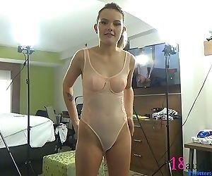 18yo Creampie From 40yo