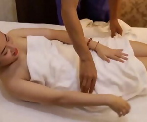 Japanese massage ends unexpectedly , japanese massage total : https://clk.ink/Yf5zex 11 min 720p