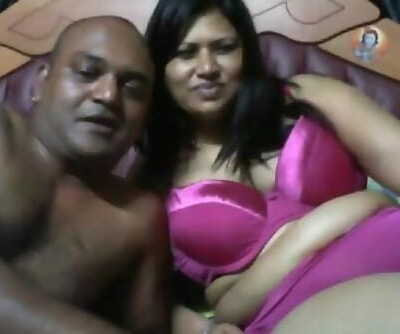 Mature desi horny couple on webcam.mp4
