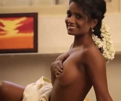 hot desi chick displaying her in model audition-pinkraja