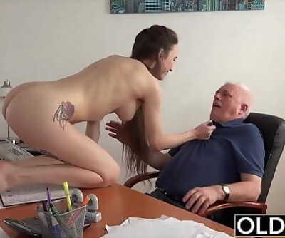 Teen in college gives her professor a butt-cheeks to pass the class Ten min 1080p