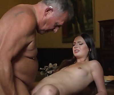 Young princess smallish the old butler in the hall bums 10 min 1080p