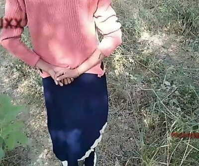 Outdoor jangle girlfriend teen shalini 10 min 1080p
