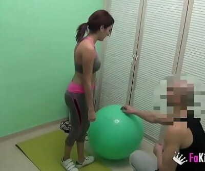 I screw my personal trainer! He comes to my hose to teach me some intimate lessons 44 min 720p