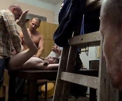 Perverse Family Strokes 8 min 1080p