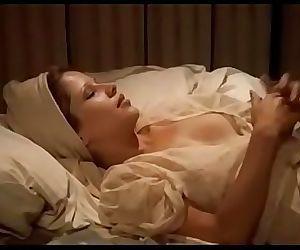naked black female squirting